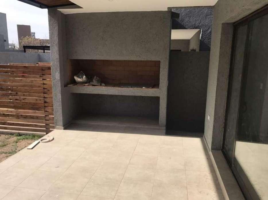 Venta DUPLEX en Housing B Las Moras, Valle Escondido