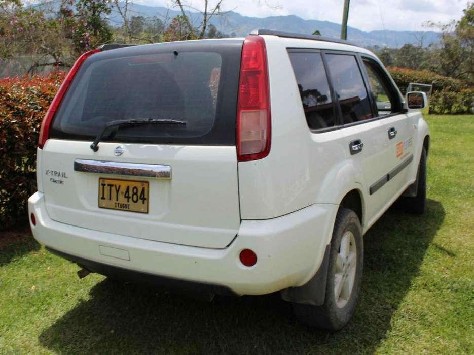 Nissan Otros Modelos 2009 - 139000 km