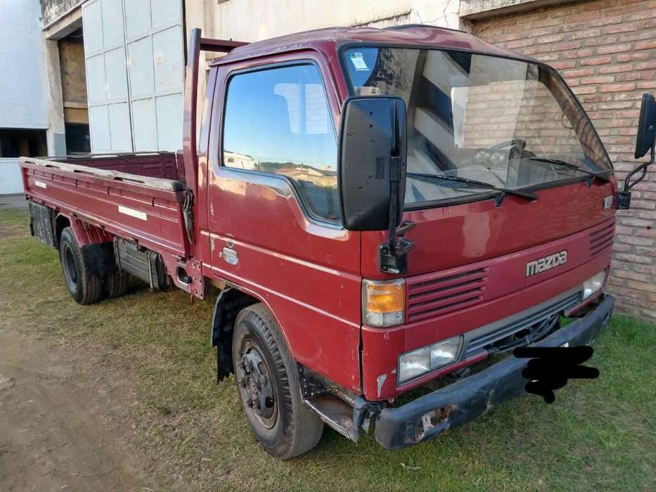 Camion Mazda T4000