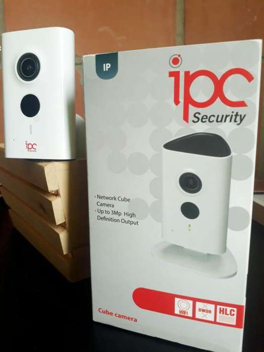 Camara Ip Cubo Wifi de 3 Mp Microsd 32