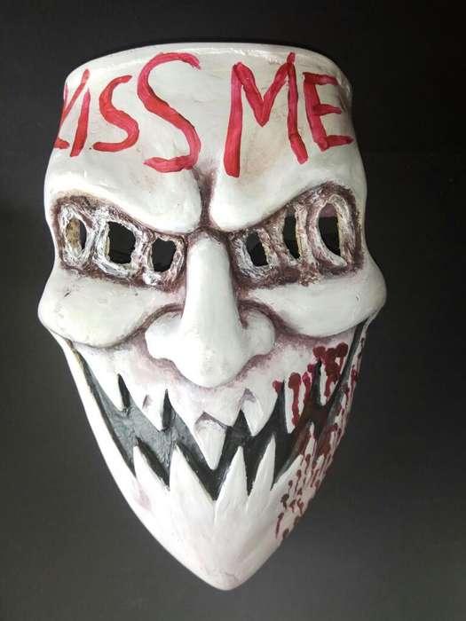 Máscara The Purge Kiss Me