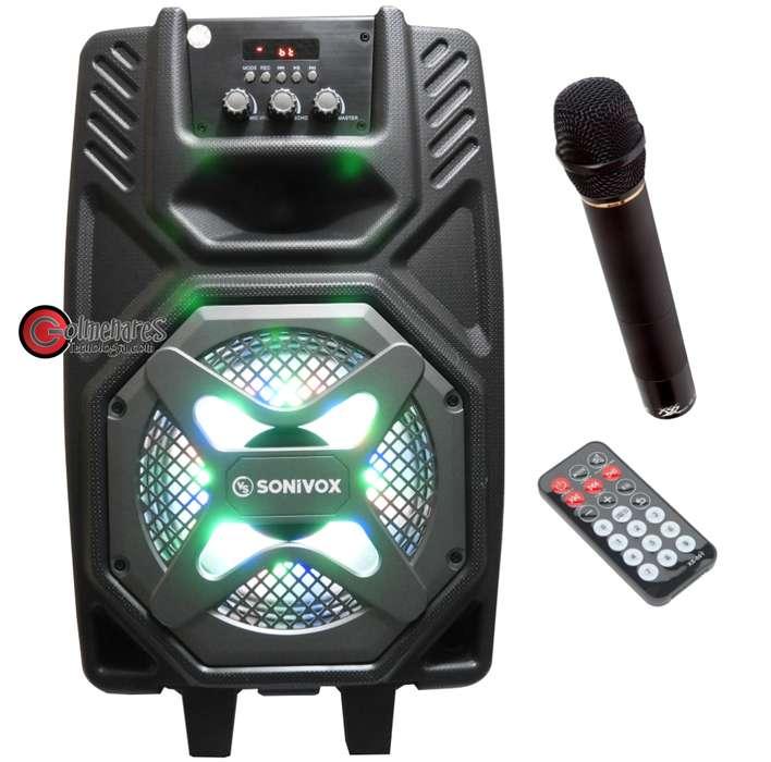 Parlante Portátil Cabina De Sonido Recargable 800w Bluetooth / Fm / USB Micrófono Y Control