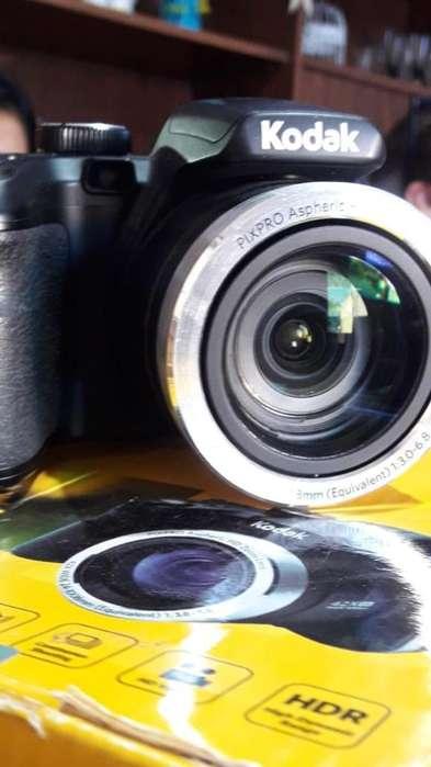 Cámara Kodak Astro Zoom Az421 Negro