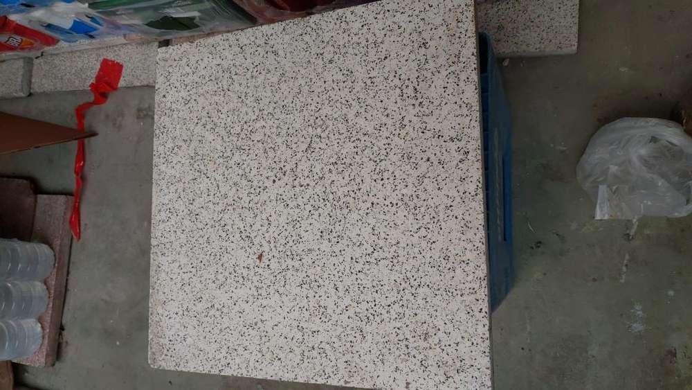 Baldosas Exterior E Interior Pulidas De Granito Grueso.40x40