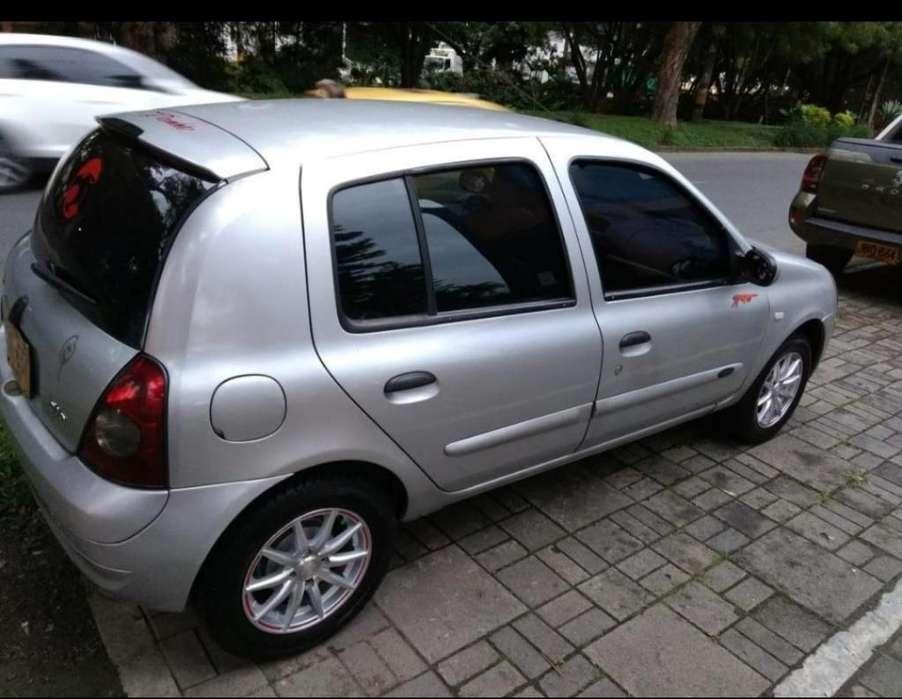 Renault Clio  2003 - 108000 km