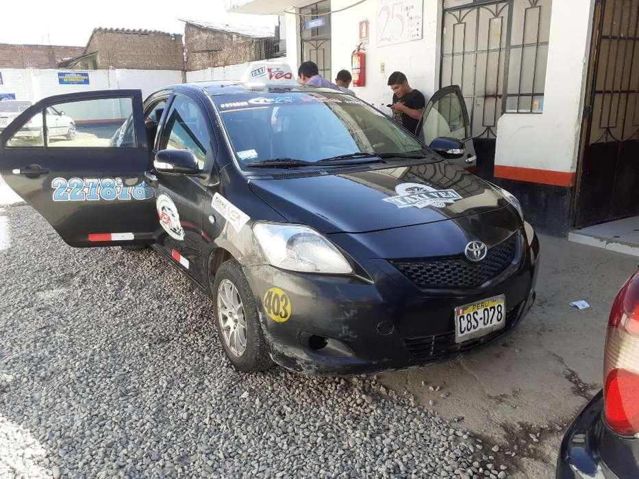 Toyota Yaris 2012 - 125000 km