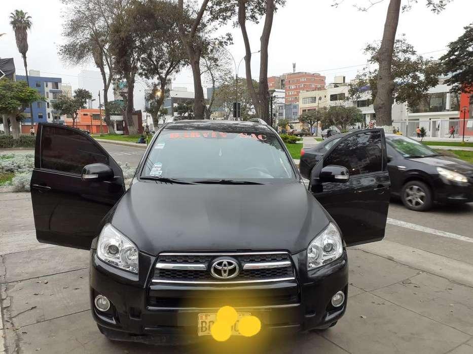 Toyota RAV4 2012 - 135000 km
