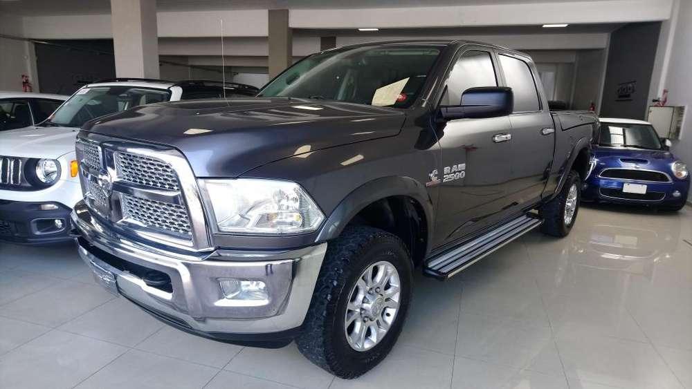 Dodge Ram 2500 2014 - 85000 km