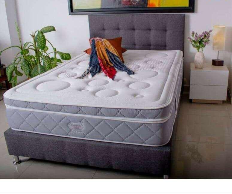 Cómodo combo somier espaldar colchón ortopédico. obsequio 2 almohadas.