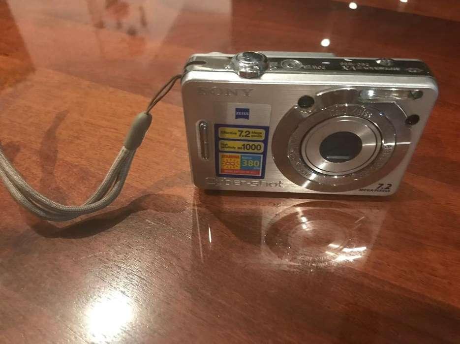 Camara Subacuatica Sony W830 Digital Zoom Óptico