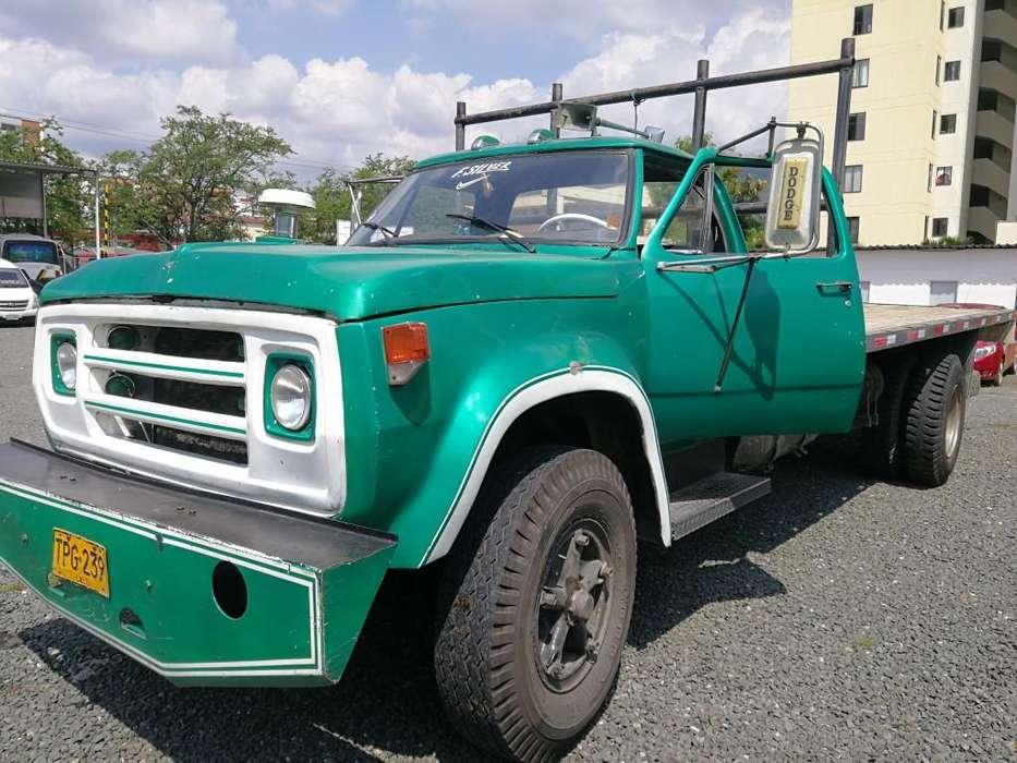 Dodge 600 Planchon 10 Ton Modelo 1970 Particular