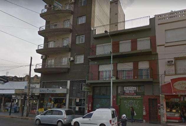Local con Vivienda en venta en Wilde Centro