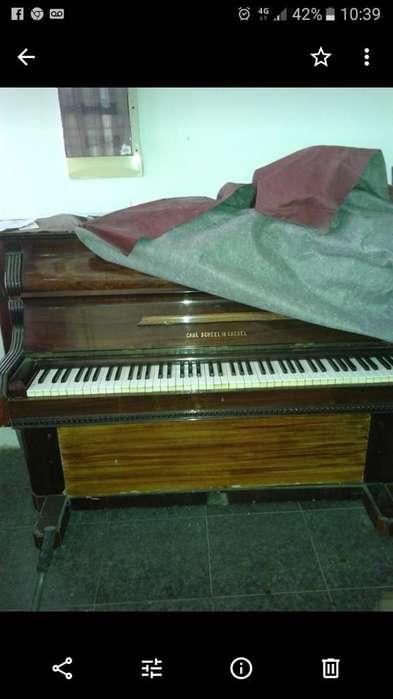 Vendo Piano Vertical Aleman