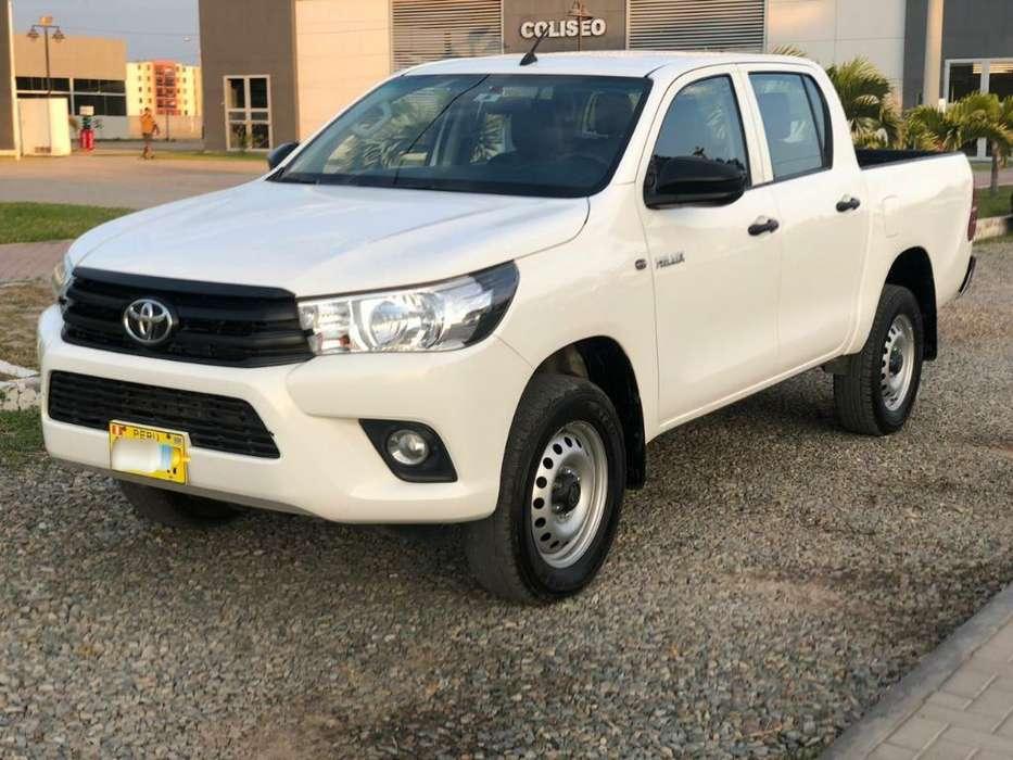 Toyota Hilux 2018 - 18000 km