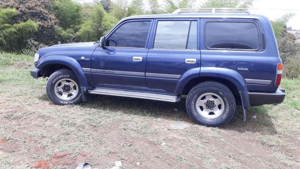 Toyota Land Cruiser 1996 - 168 km