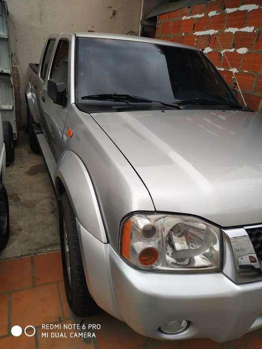 Nissan Frontier 2015 - 90 km