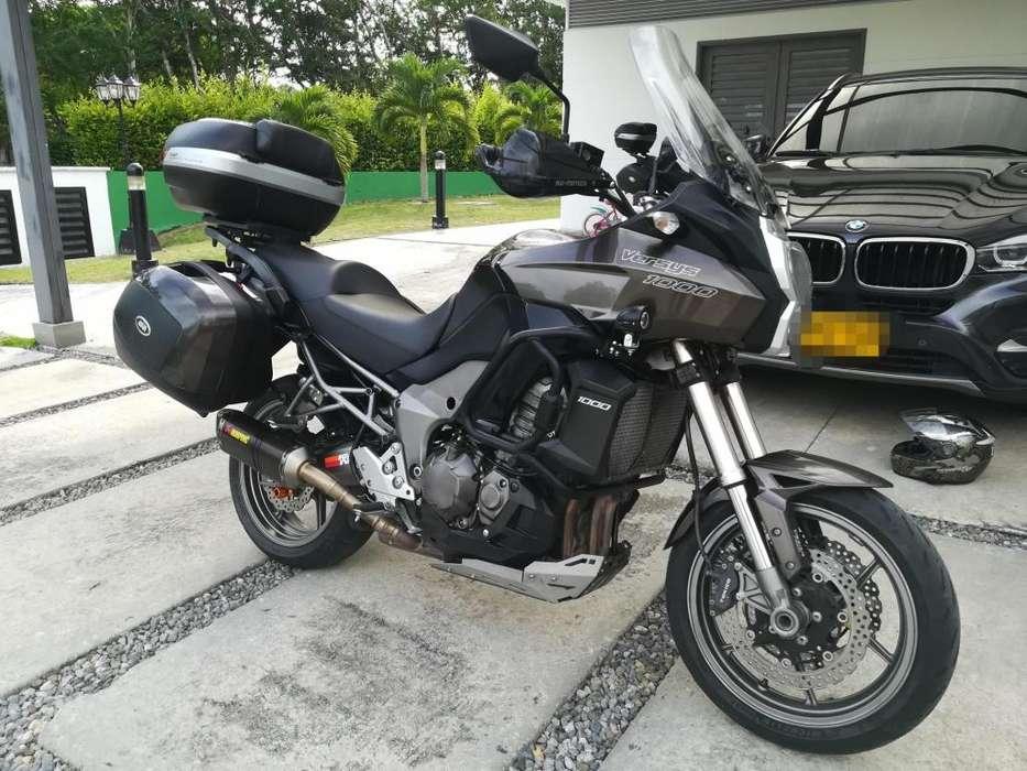 Vendo por dinero o permuto por moto de mayor valor.