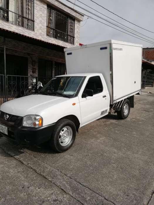 Nissan Frontier 2200