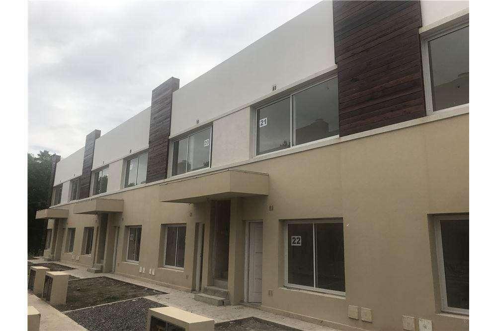 Venta Duplex 4 ambientes en Muñiz