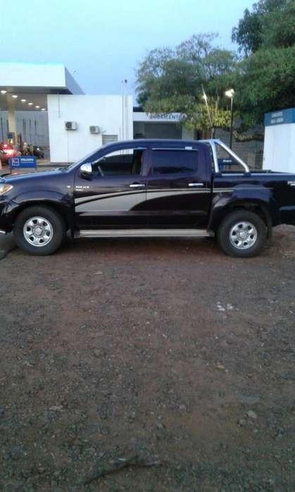 Toyota Hilux 2005 - 312000 km