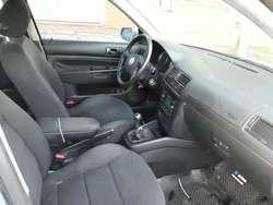 Volkswagen Bora 1.8T Año 2004