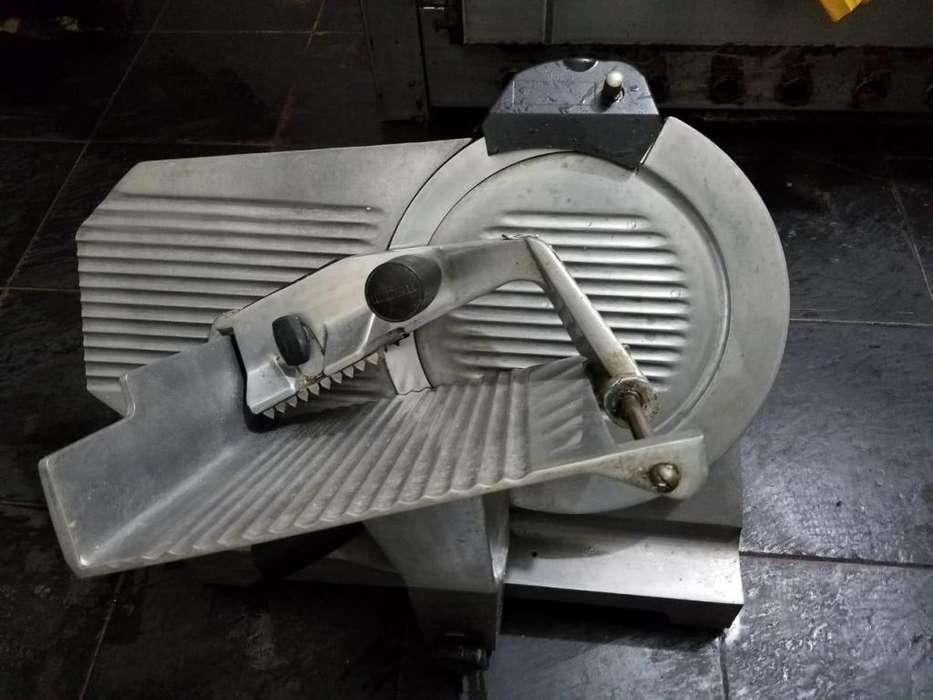 Cortadora de fiambre Moretti 330 - Perfecto estado
