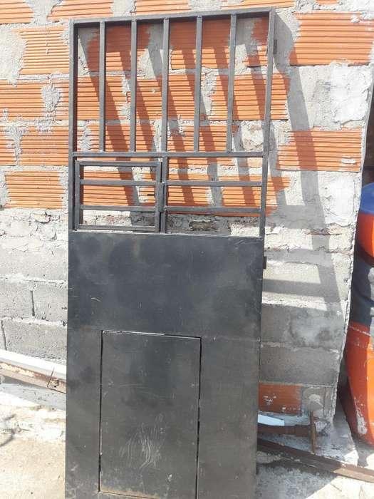Puerta para Comercio