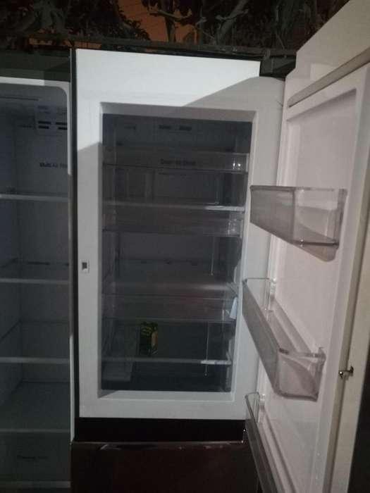 Refrigeradora 2 Puertas