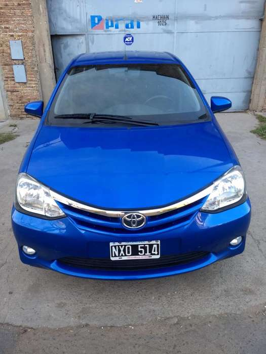 <strong>toyota</strong> Etios Hatchback 2014 - 70000 km