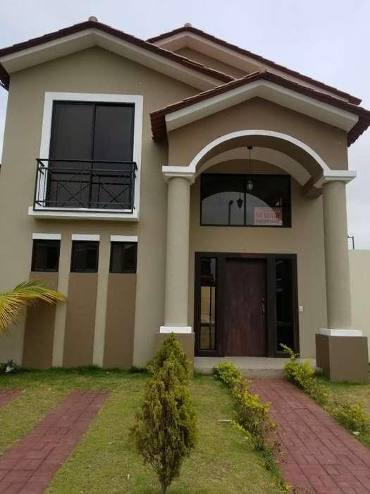Vendo Moderna Casa en Ciudad Celeste