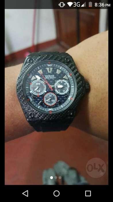 Reloj Guess Legacy
