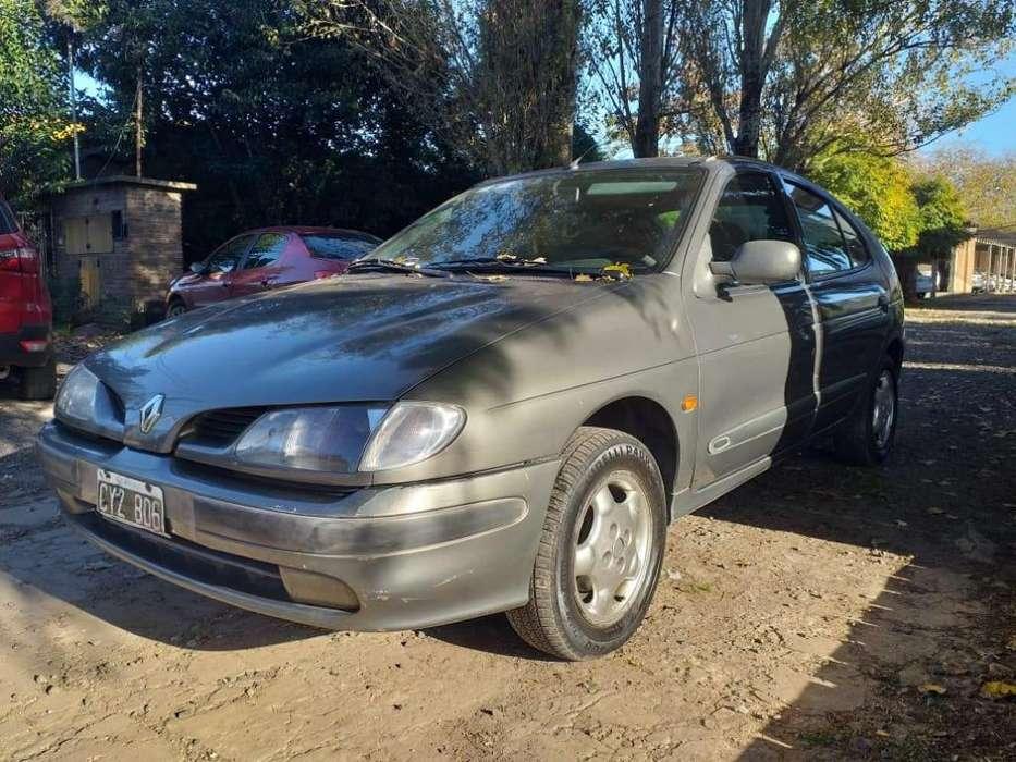Renault Megane  1999 - 185000 km