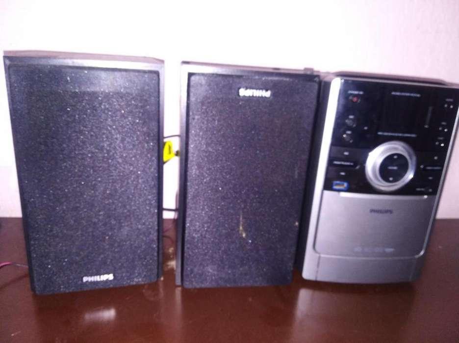 Vendo Mini Componente marca Philips