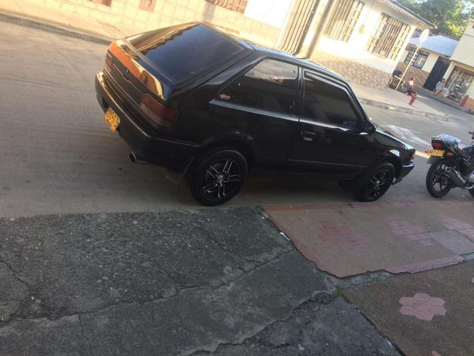 Mazda 323 1992 - 100000 km
