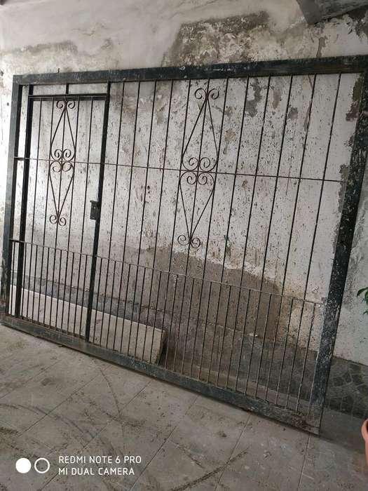 Porton Corredizo con Puerta