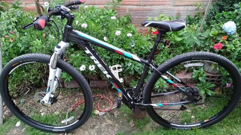 Vendo Bici Trek Marly 7