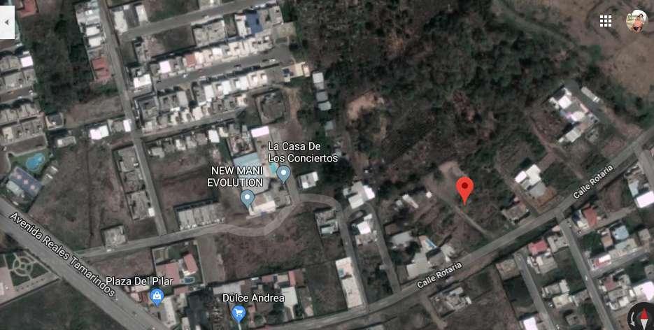 Venta de terreno en Calle Rotaría y Av Reales Tamarindos
