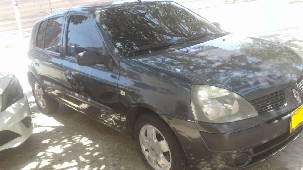 Renault Clio  2011 - 87357 km