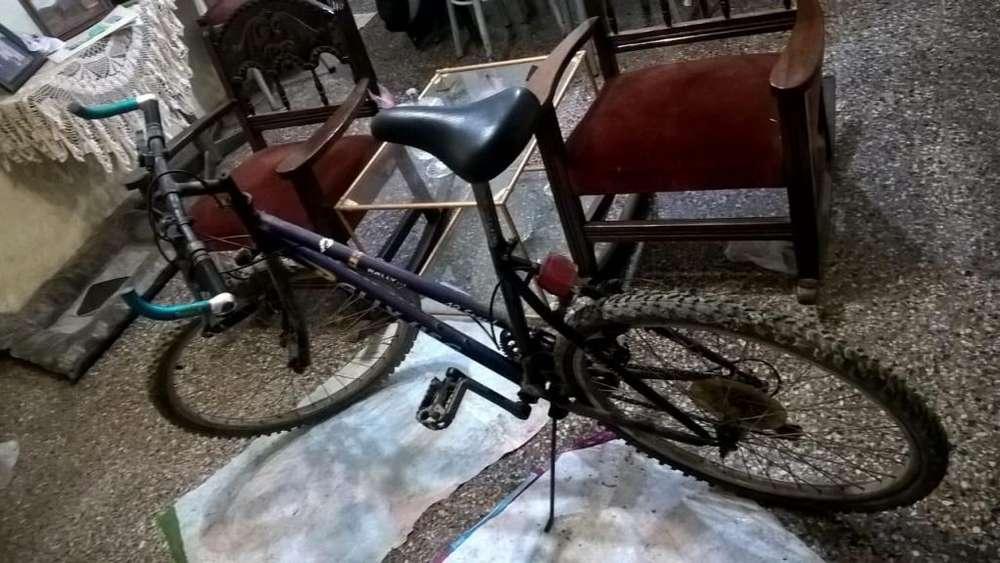Vendo o permuto bici por un cel