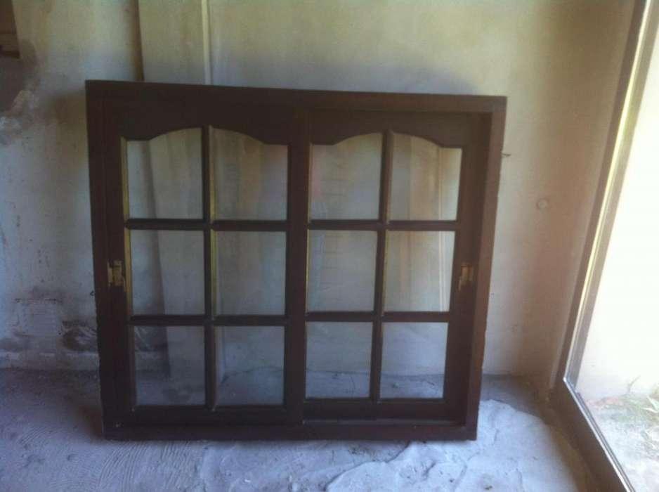 2 <strong>ventana</strong>s de Madera con vidrio y reja