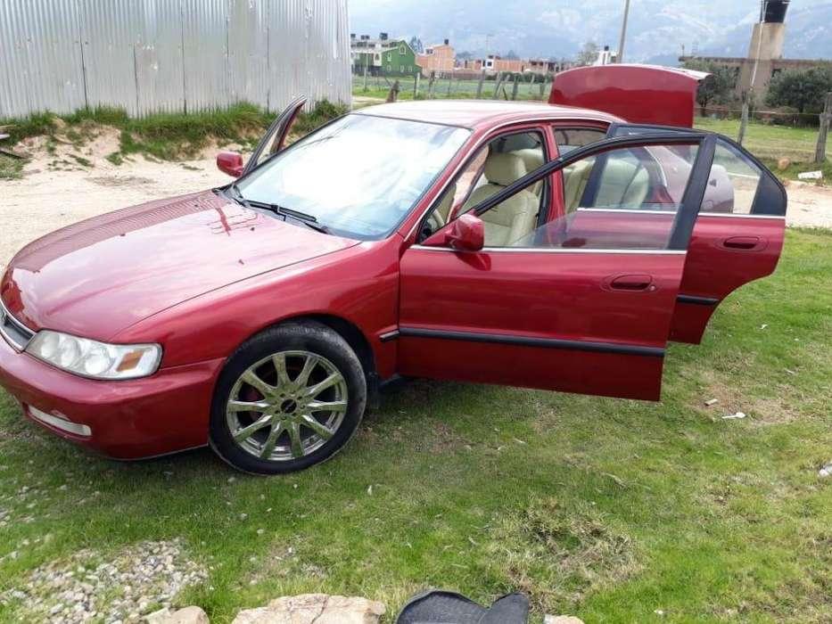 Honda Accord 1997 - 520 km