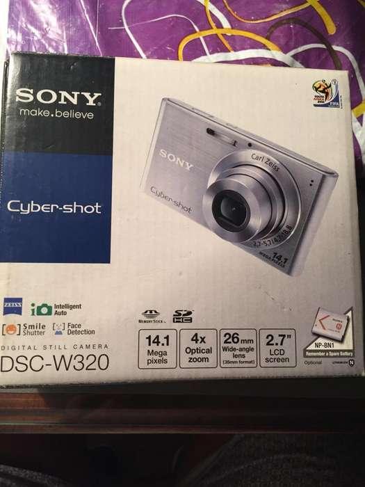Camara Sony Cyber Shot, 14 Megapixel. FULL PAQUETE 2 TARJETAS DE MEMORIA