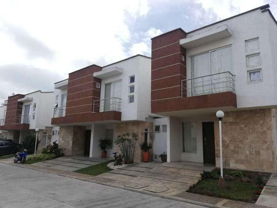 Casa en venta en el Conjunto Balmoral, Variante. - wasi_1371223