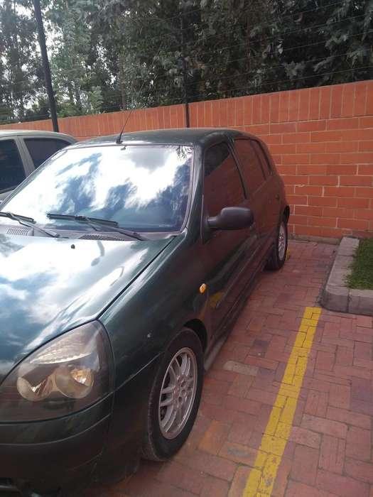 Renault Clio  2004 - 173000 km