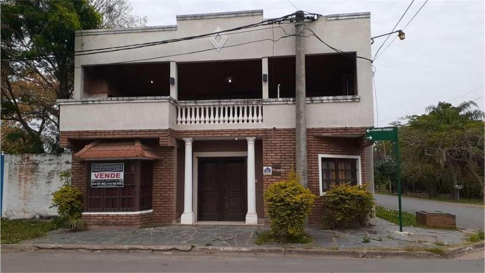 Eduardo Newbery 301 300 - UD 100.000 - Casa en Venta