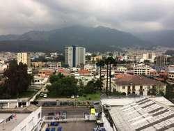 En renta planta 5 de 395.57 metros cuadrados Av 10 de Agosto Quito Pichincha