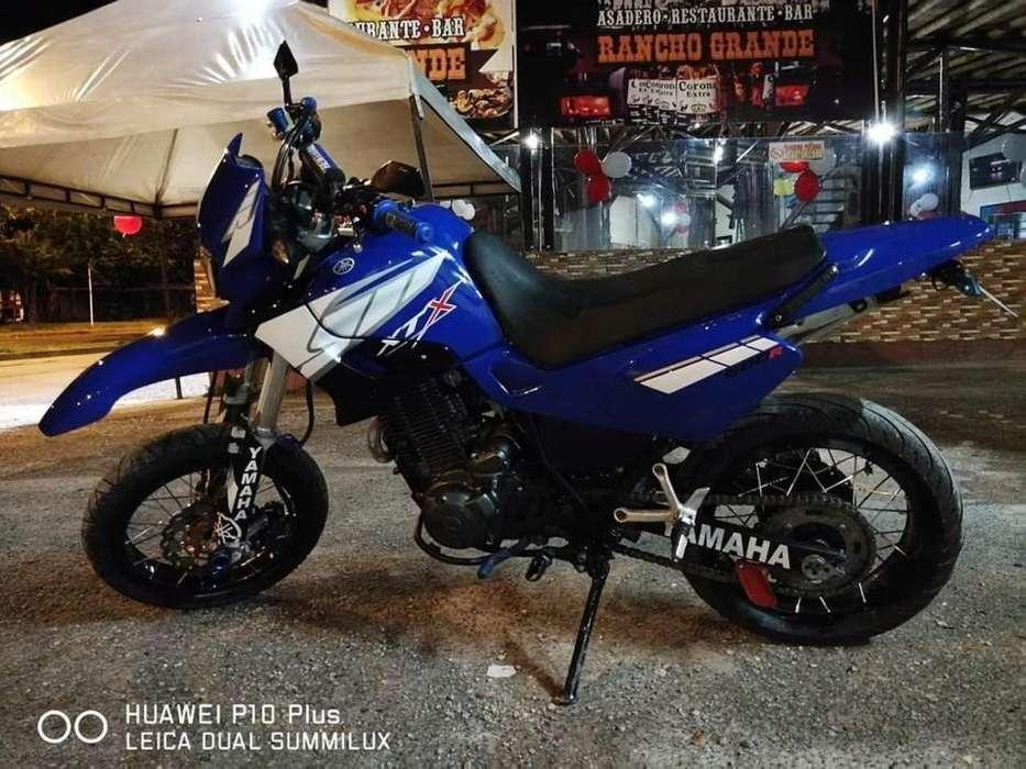 Vendo moto <strong>yamaha</strong> xt600 modelo 2003