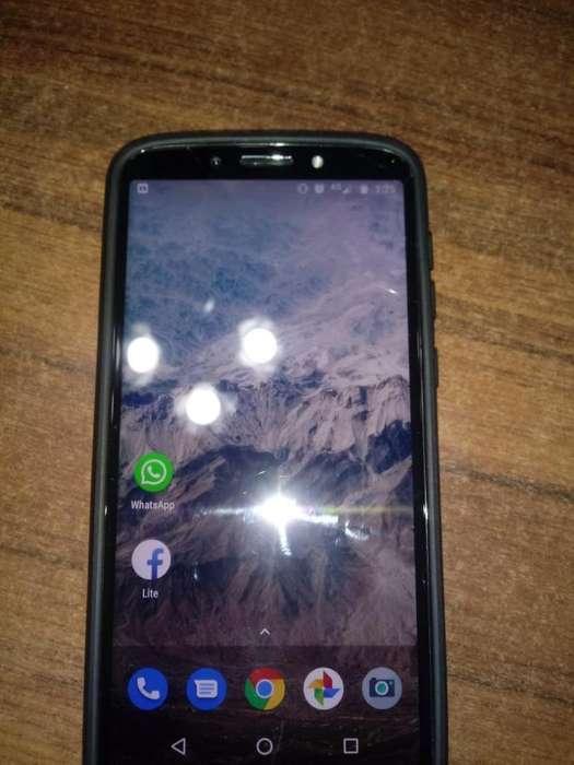 Vendo Moto E5 Play Libre con Detalles