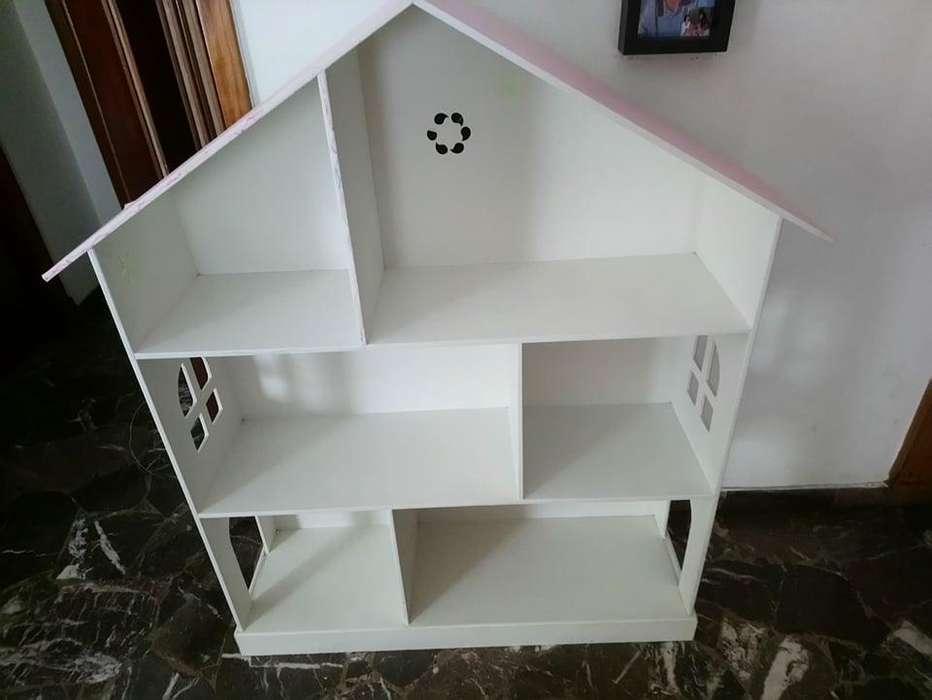 casa de muñecas con muebles - 1130169589-