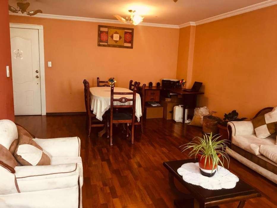 Departamento de venta 3 dormitorios 88.000 - Norte de Quito - Sector Sabanilla y Panamericana Norte